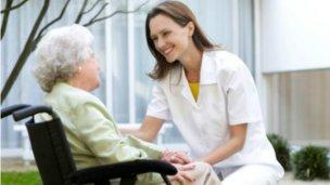 Inscriben en el Registro Nacional de Cuidadores Domiciliarios