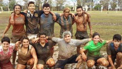 Las chicas también se animan al rugby