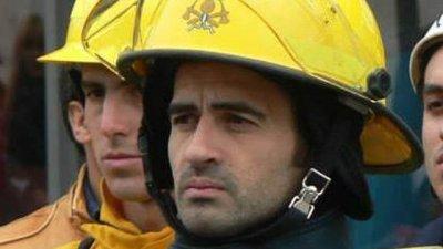 Quién es el bombero que perdió su mate y ofrece una recompensa