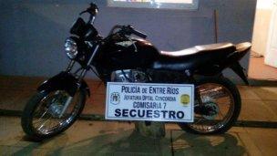 Tenía una moto robada y lo dejaron libre