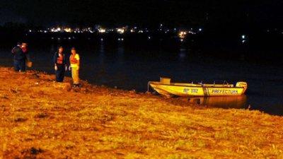 El cuerpo sin vida de una mujer apareció flotando en la costanera