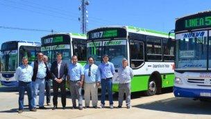 Empresa de colectivos urbanos presentó nuevas unidades