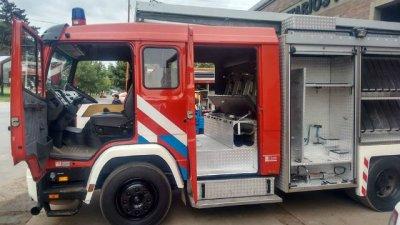 Orgullo de bomberos: incorporan una nueva autobomba