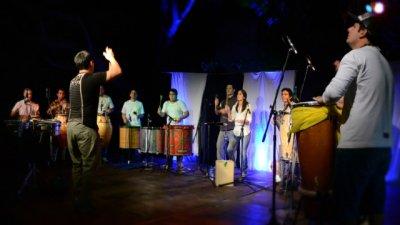 Vuelve la Percusión por señas a Pueblo Viejo