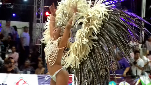 A pura pasión: así se vivió la primera noche del carnaval