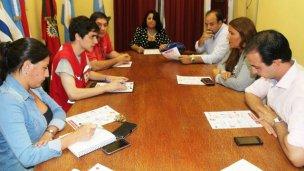 Concejales sumaron su firma para apoyar a la Cruz Roja Argentina