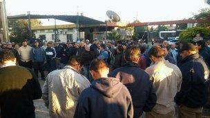 Trabajadores amenazan con marchar al palacio municipal