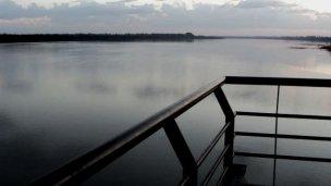 Rescataron a un joven de las aguas del río Uruguay