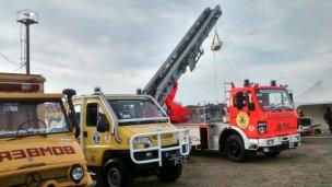 Los bomberos piden donaciones para afrontar la inundación