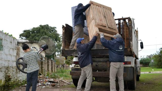 1214 personas desplazadas a causa de las inundaciones — URUGUAY