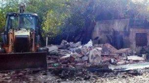 Demolieron las viviendas bajo la cota 14, en zona del arroyo Manzores