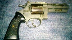 Estando armado, amenazó a su ex pareja