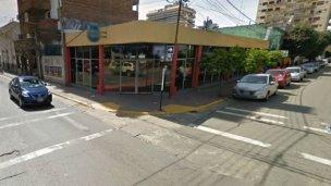 "Buscan al ""zorro"", acusado de robar dos autos en pleno centro"