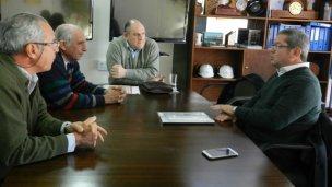 Arandaneros hablaron con Niez para reclamarle a Macri