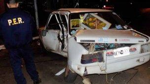 Camioneta se incrustó en el costado izquierdo de un auto