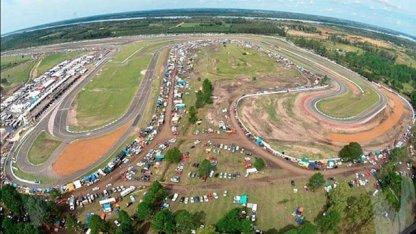 Ampliarán el aeropuerto con tierras del autódromo