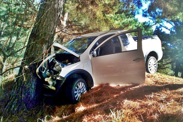 La camioneta sufrió daños importantes (Crédito: Diario Río Uruguay)