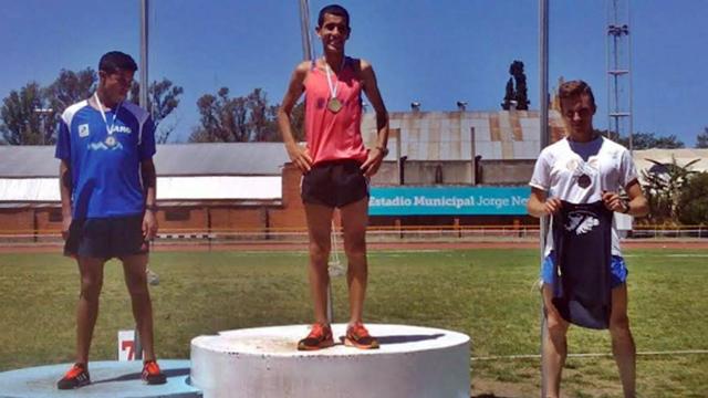 Juan Segovia, en lo más alto del podio