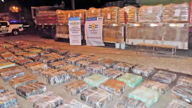 Incautaron 3.000 kilos de marihuana que era transportada en un camión