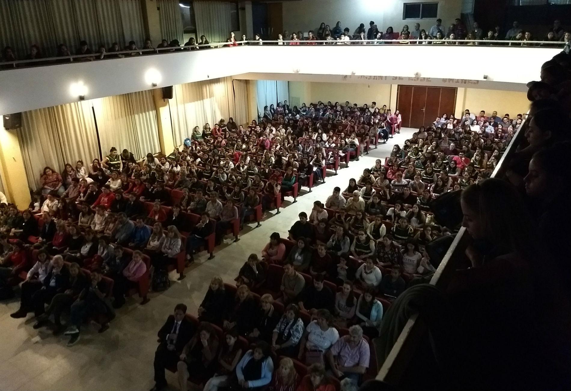 Lleno total: así fue la presentación de Ceruti en Entre Ríos.