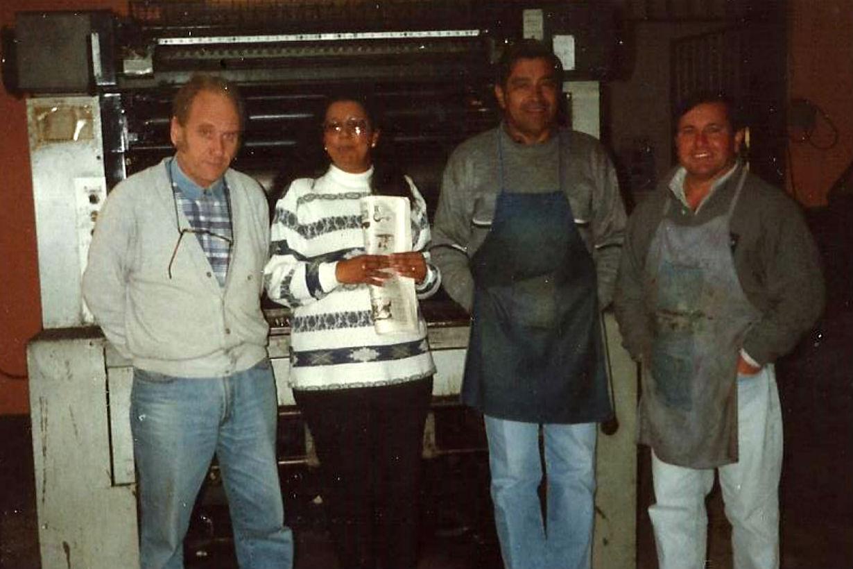 Besson, Ana Dray, Pestaña y Perez en los viejos talleres de El Entre Ríos.