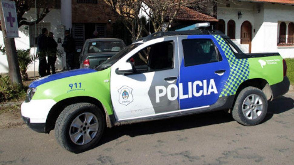La Policía bonaerense asistió al sitio  donde se robó el palet con 638 cajas.