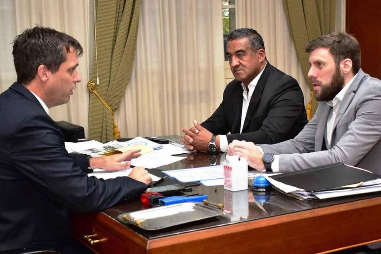 Enrique Cresto con Miguel Gallo y Hernán Navarro