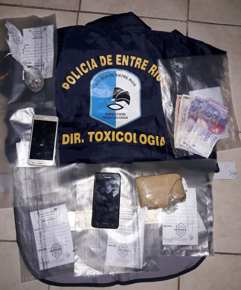 Aquí los elementos secuestrados, anoche en Chajarí.