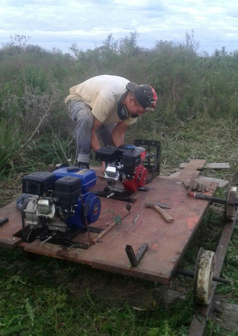Un ferroaficionado trabajando en el tramo Concepciòn del Uruguay - Caseros.