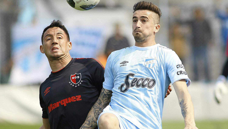 Con la número 22, el ex Huracán, Banfield, Boca y Racing, entre otros, fue titular en el club tucumano.