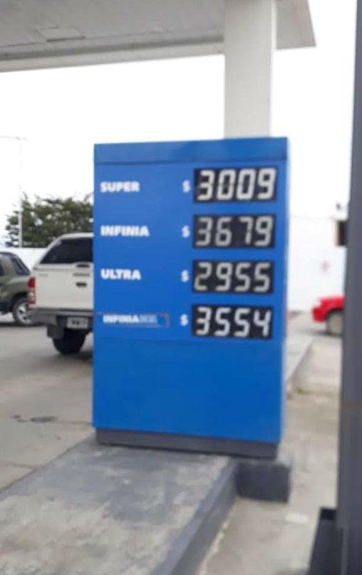 Viernes 2 de noviembre de 2018: esos son los precios en una estación de Ushuaia.