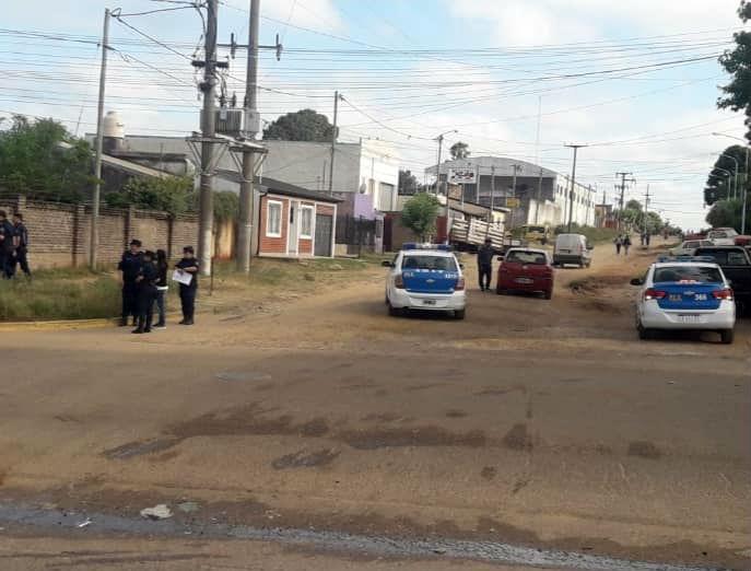Efectivos de la Policía rastrillan el barrio