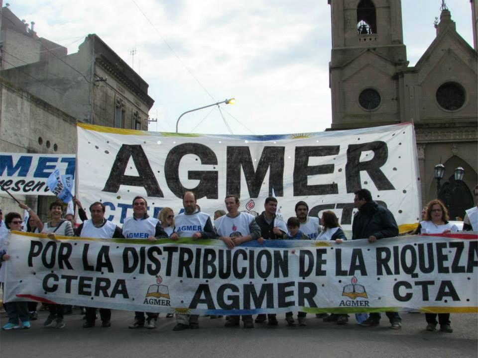 En pleno año electoral: el 9 de septiembre de 2015 marcharon por las calles de Paraná.