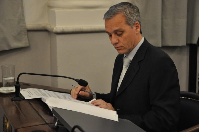 Pablo Canali presentó el proyecto que mañana se debatirá en el Senado.