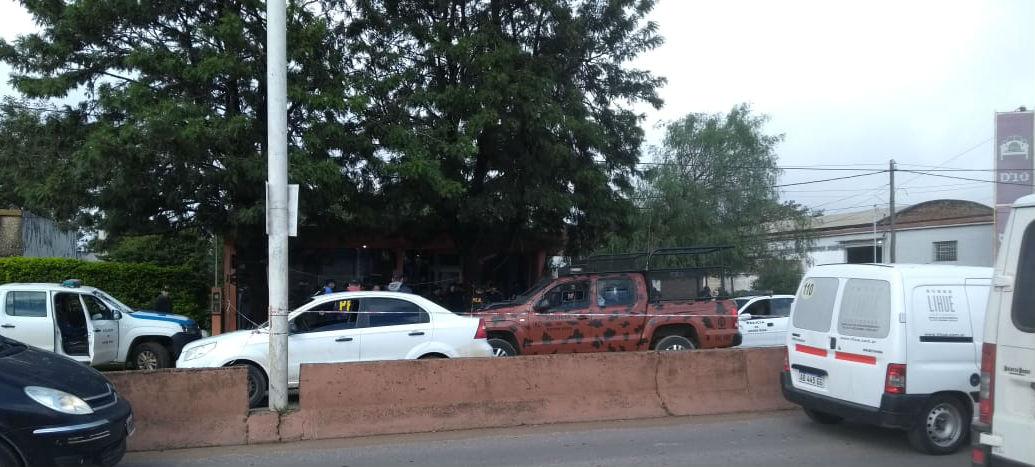 Fernández estaba a bordo de un Renault 19, en plena avenida de acceso desde Ruta 14 al centro uruguayense (El Entre Ríos).