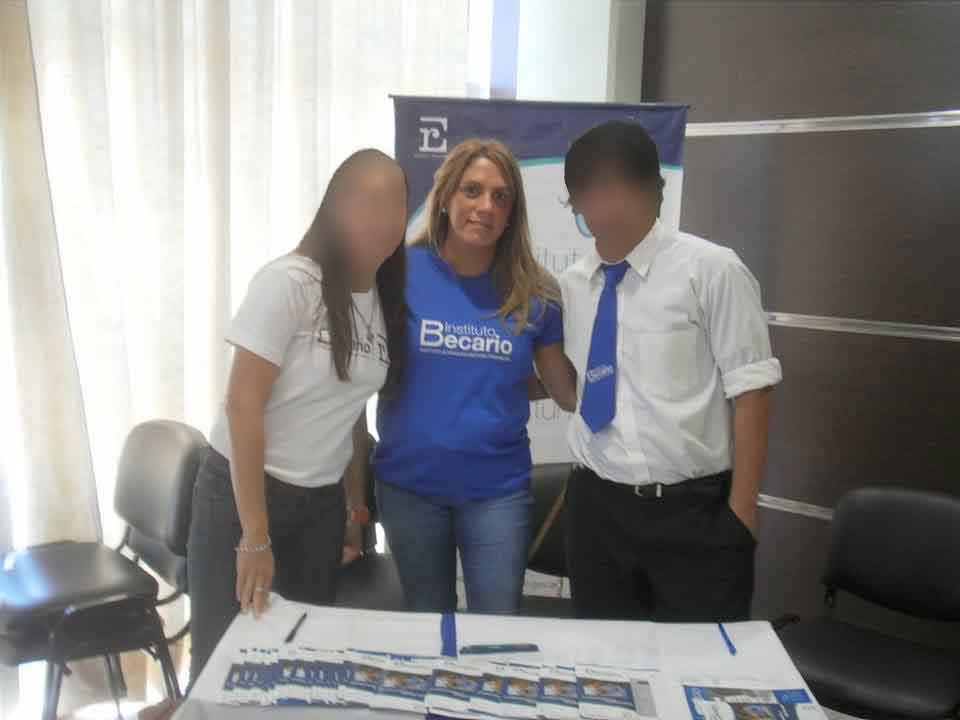 Gabriela Francia, identificada con el Instituto Becario