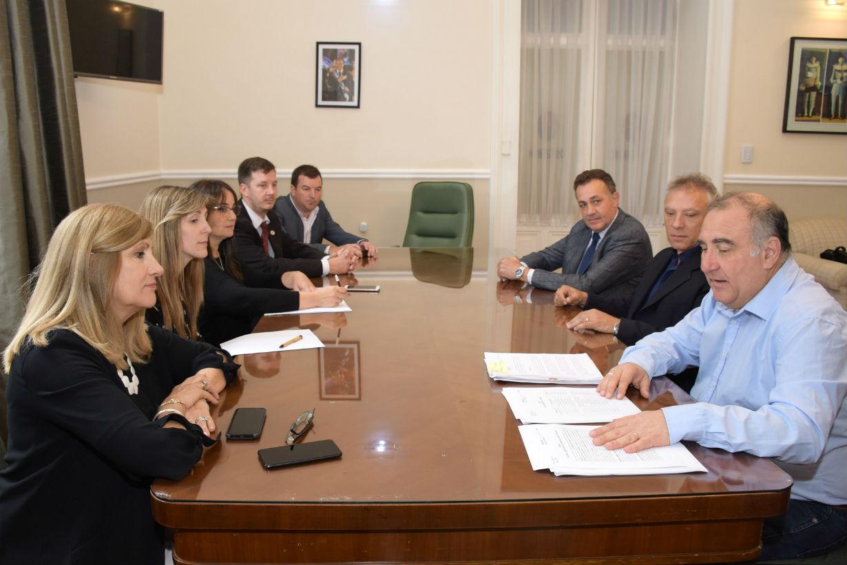 La reunión en la que firmaron el convenio