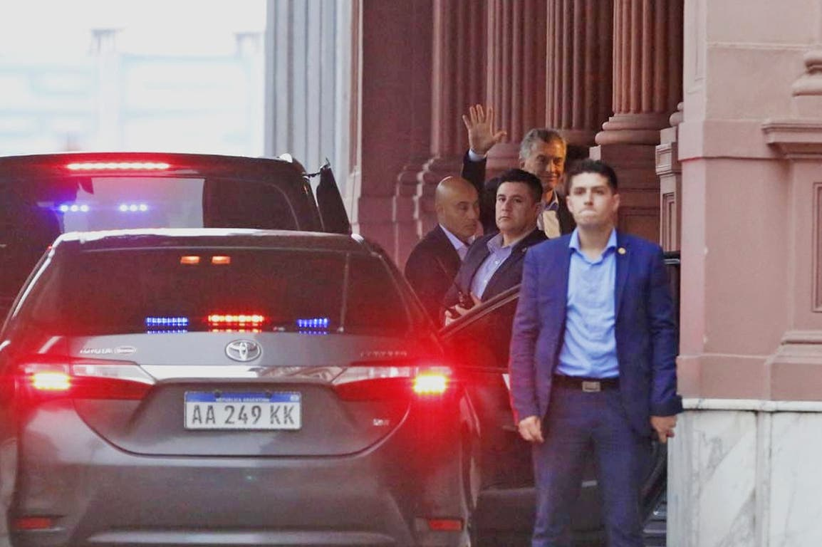 Llegada de Macri a la Rosada para la reunión con Fernández