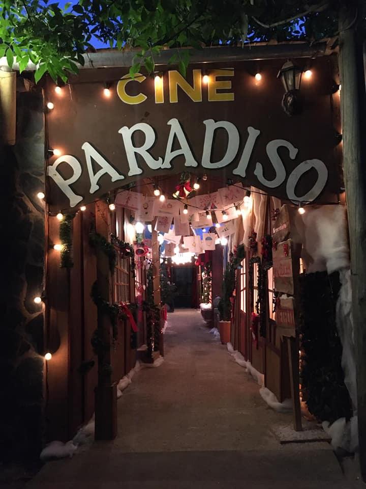 En el cine de Villa Elisa fue el preestreno de la última película sobre Klaus.