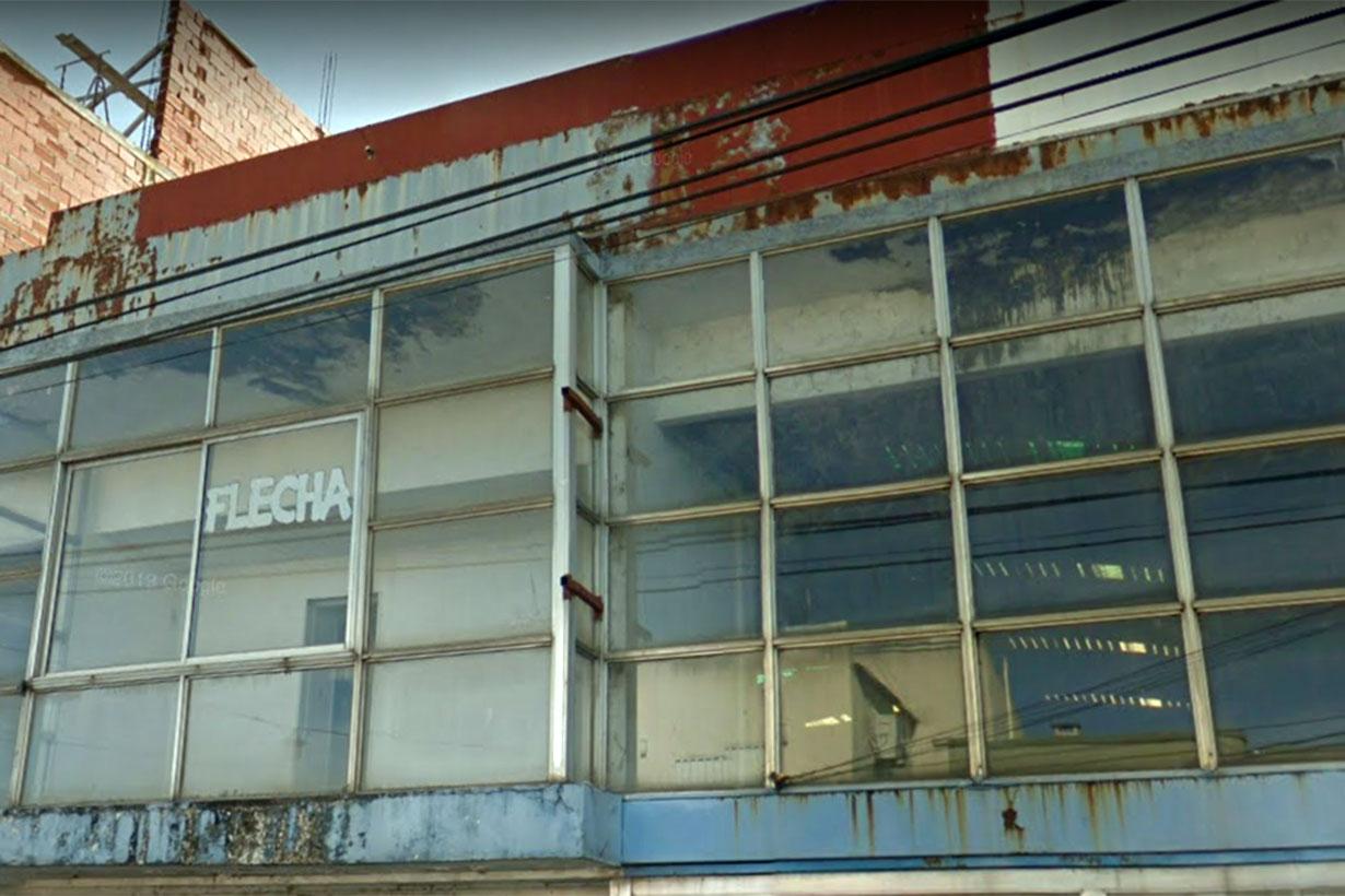 Imagen del segundo piso, donde Flecha Bus tenía oficinas