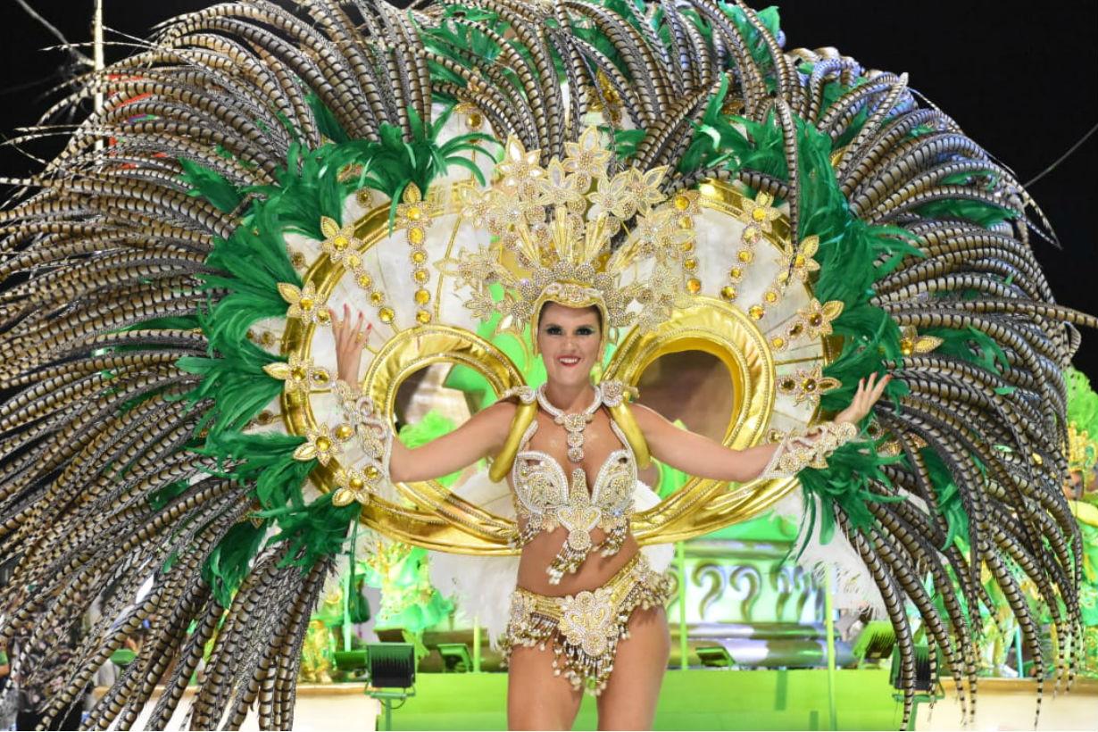 Maira Galeano es la reina de la actual campeona y además sucede a la vigente reina del Carnaval.