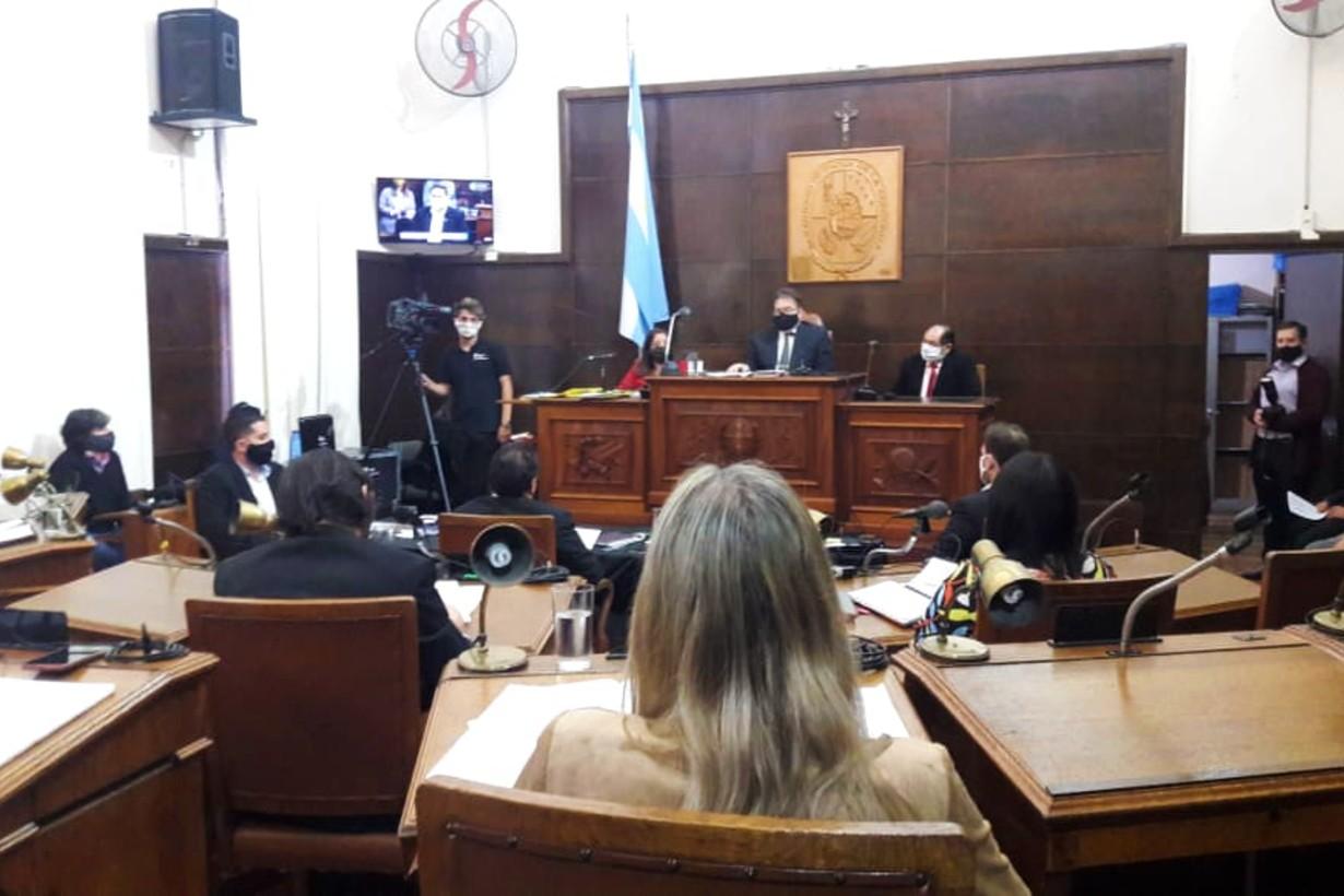 El intendente se presentó en el Concejo para exponer lo hecho hasta acá, en días de pandemia.