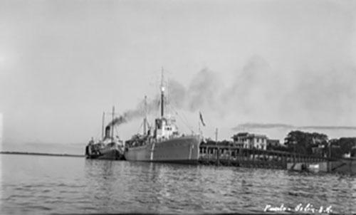 El Puerto de Colón, a mediados del siglo XX
