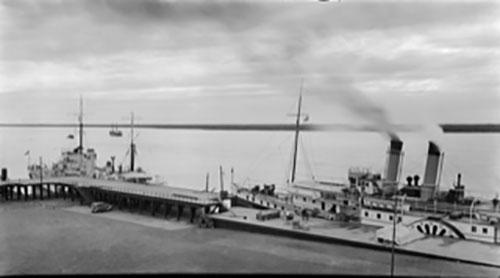 Otra imagen de aquel puerto activo del siglo pasado