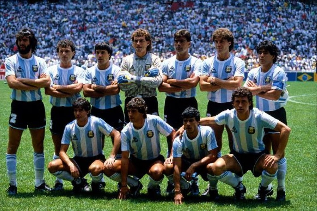 Así formó la selección dirigida por Bilardo en aquel inolvidable partido en el estadio Azteca.