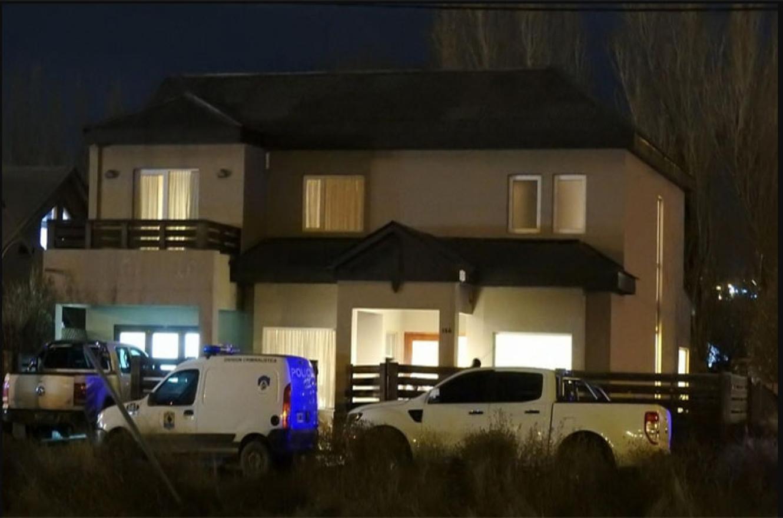 En la casa de Gutiérrez levantaron rastros para determinar qué sucedió con él.