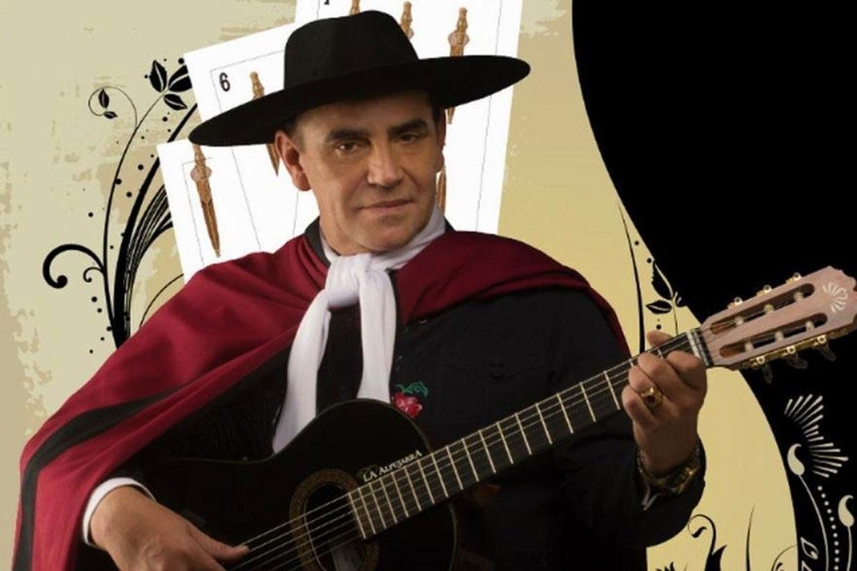 El cantautor salteño le envió una guitarra al joven estudiante entrerriano.