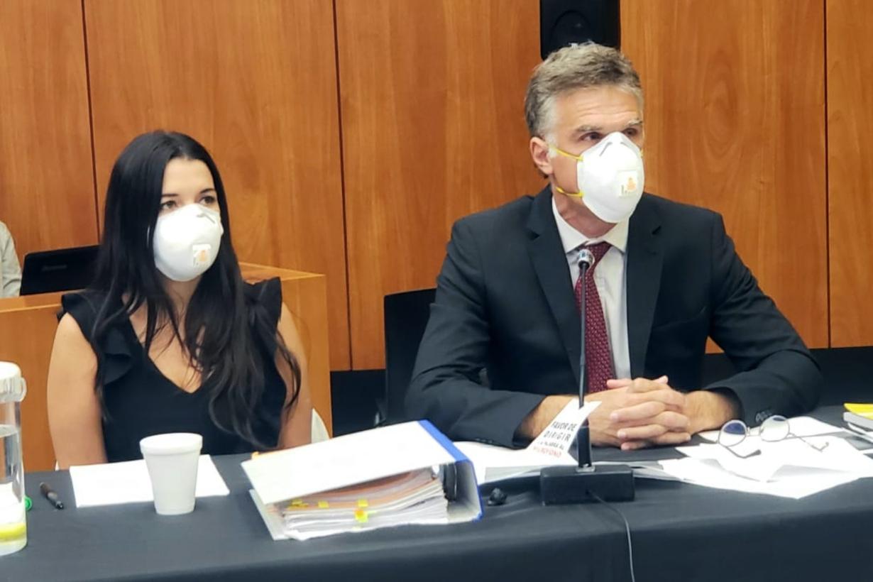 La fiscal Ileana Viviani y el fiscal Leandro Dato.