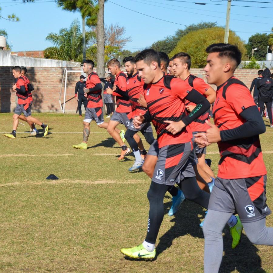 Volvió a entrenar el plantel del único club entrerriano en la Primera del fútbol argentino.