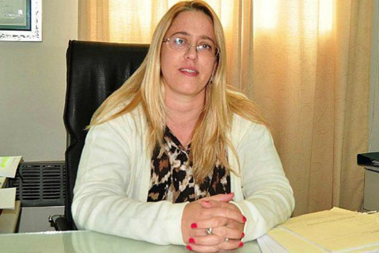 Natalia Céspedes es la jueza de Garantías que firma la resolución.